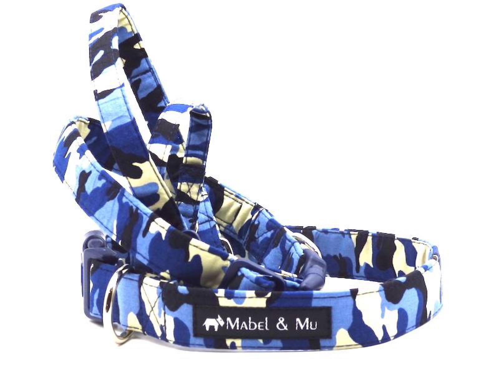 Blue Camo walks collar