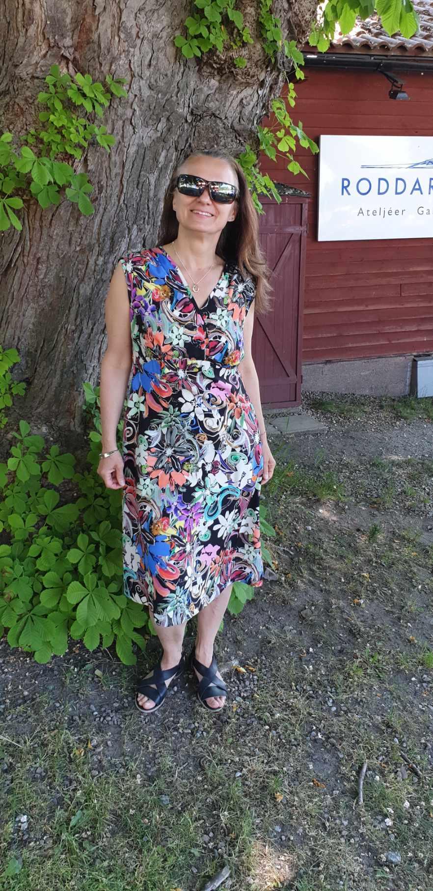 Nicole sidenklänning