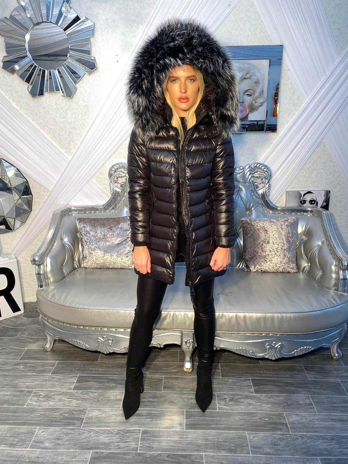 Laura Jane Paris 'Chamonix' Fox fur coat (Black with silver fox)