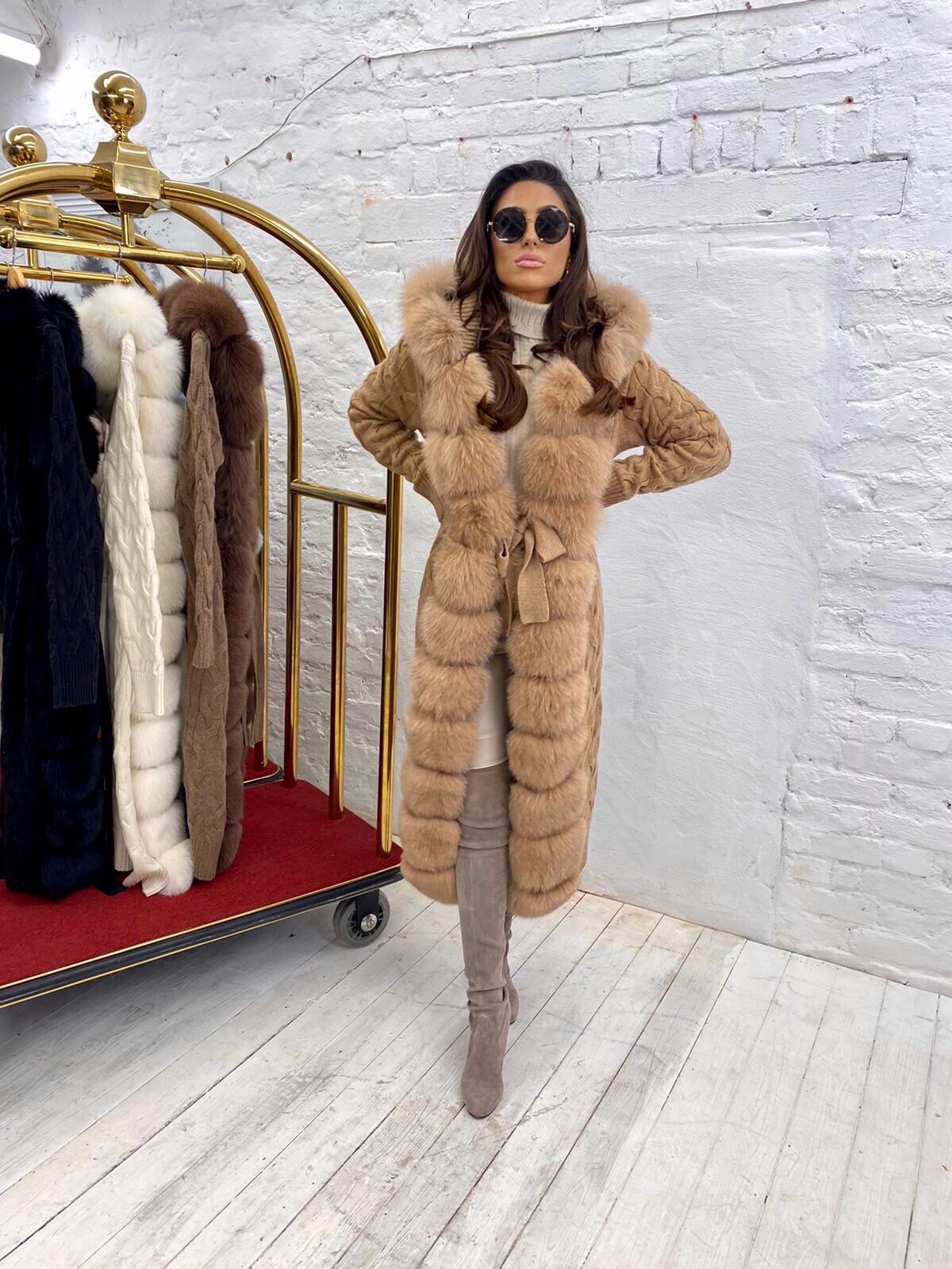 Courtney Smith Luxury camel wool cardigan with camel fox fur