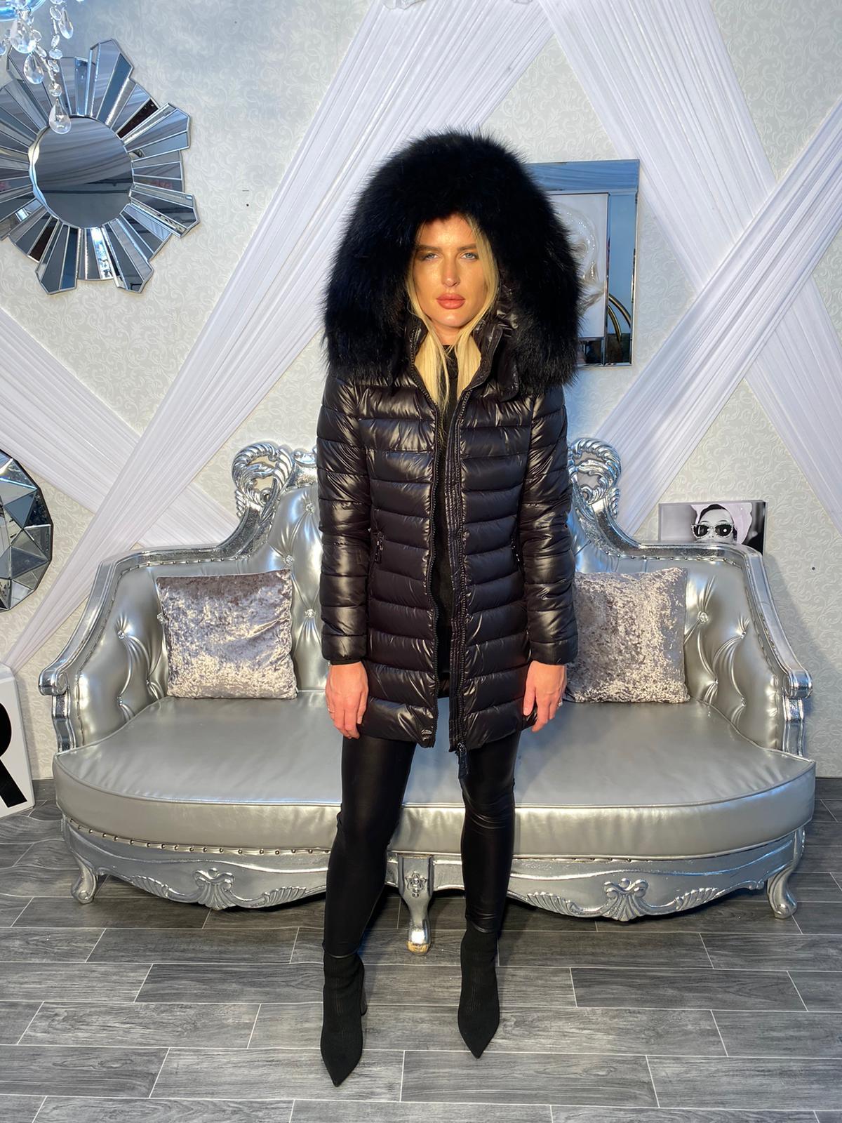 Laura Jane Paris 'Chamonix' Black with Black