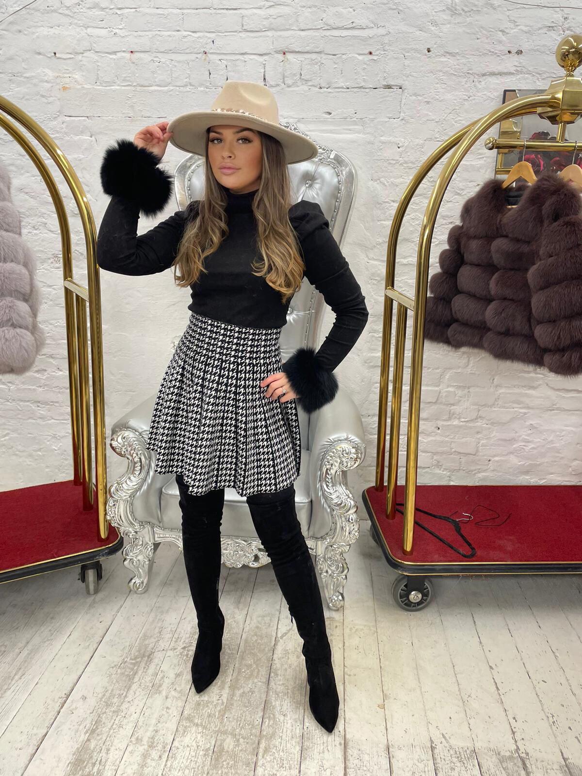 Laura Jane Paris Luxury Slap Fox Fur cuff in Royal Dark Grey
