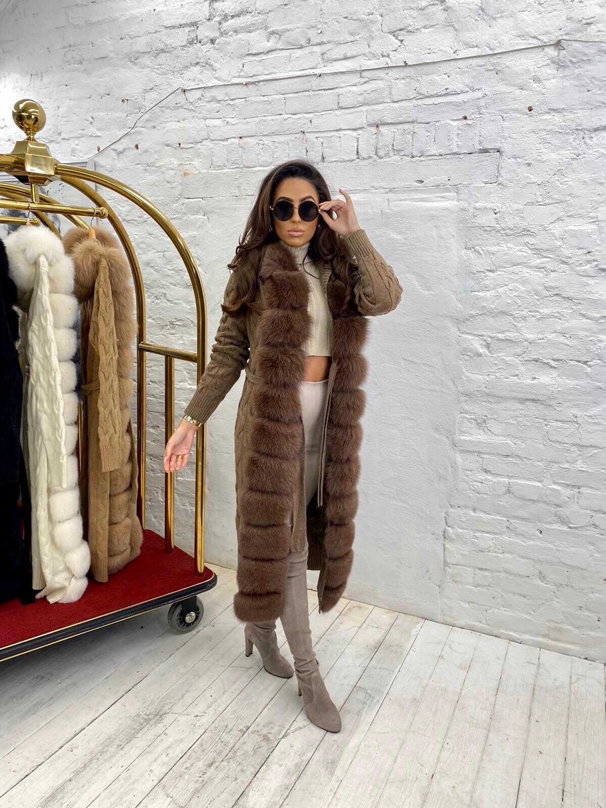 Courtney Smith Luxury brown wool cardigan with brown fox fur