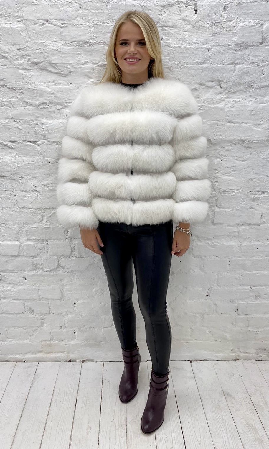 Laura Jane Paris Fox Coat Pearl