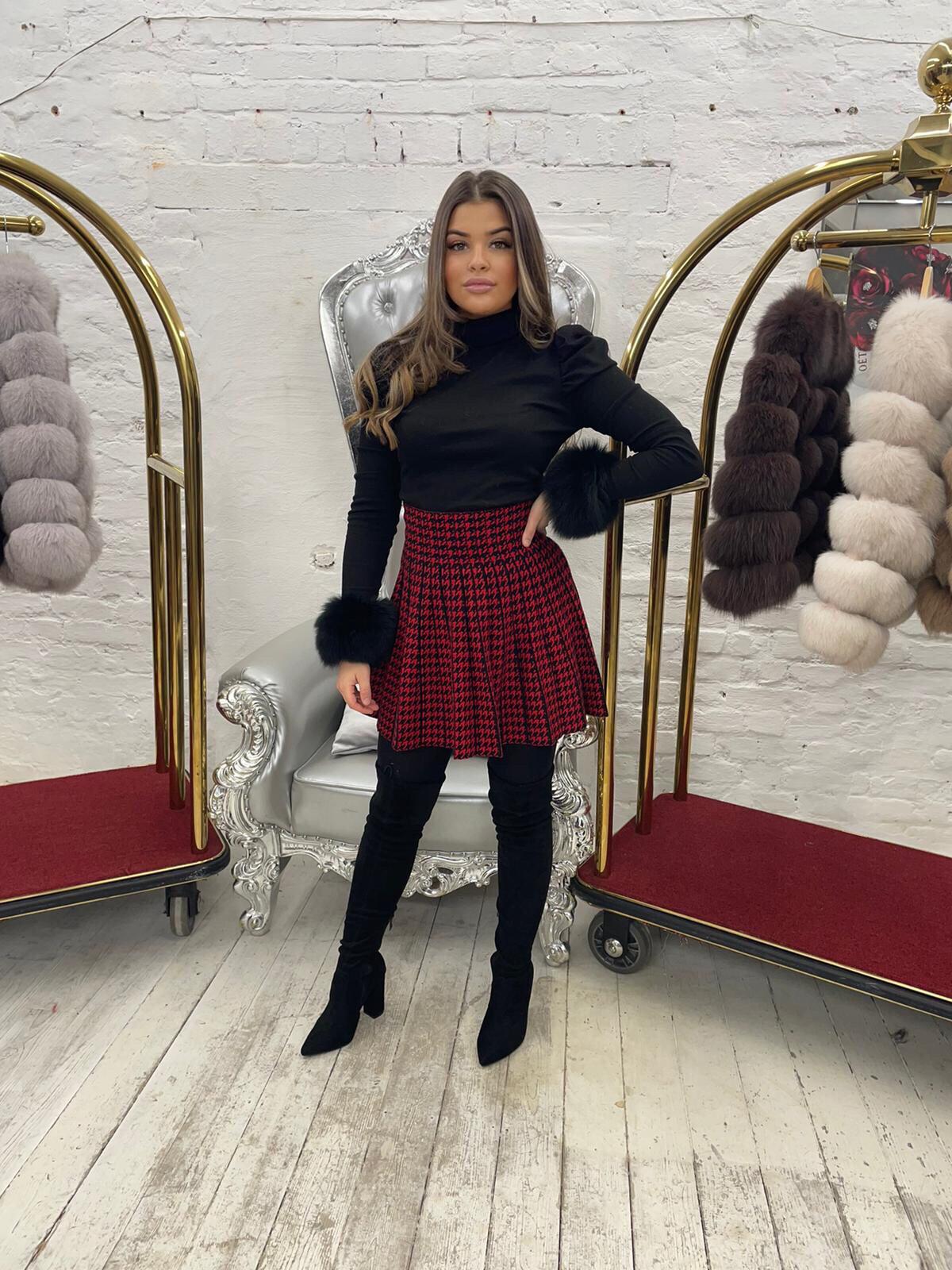 Laura Jane Paris Luxury Slap Fox Fur cuff in Royal Black