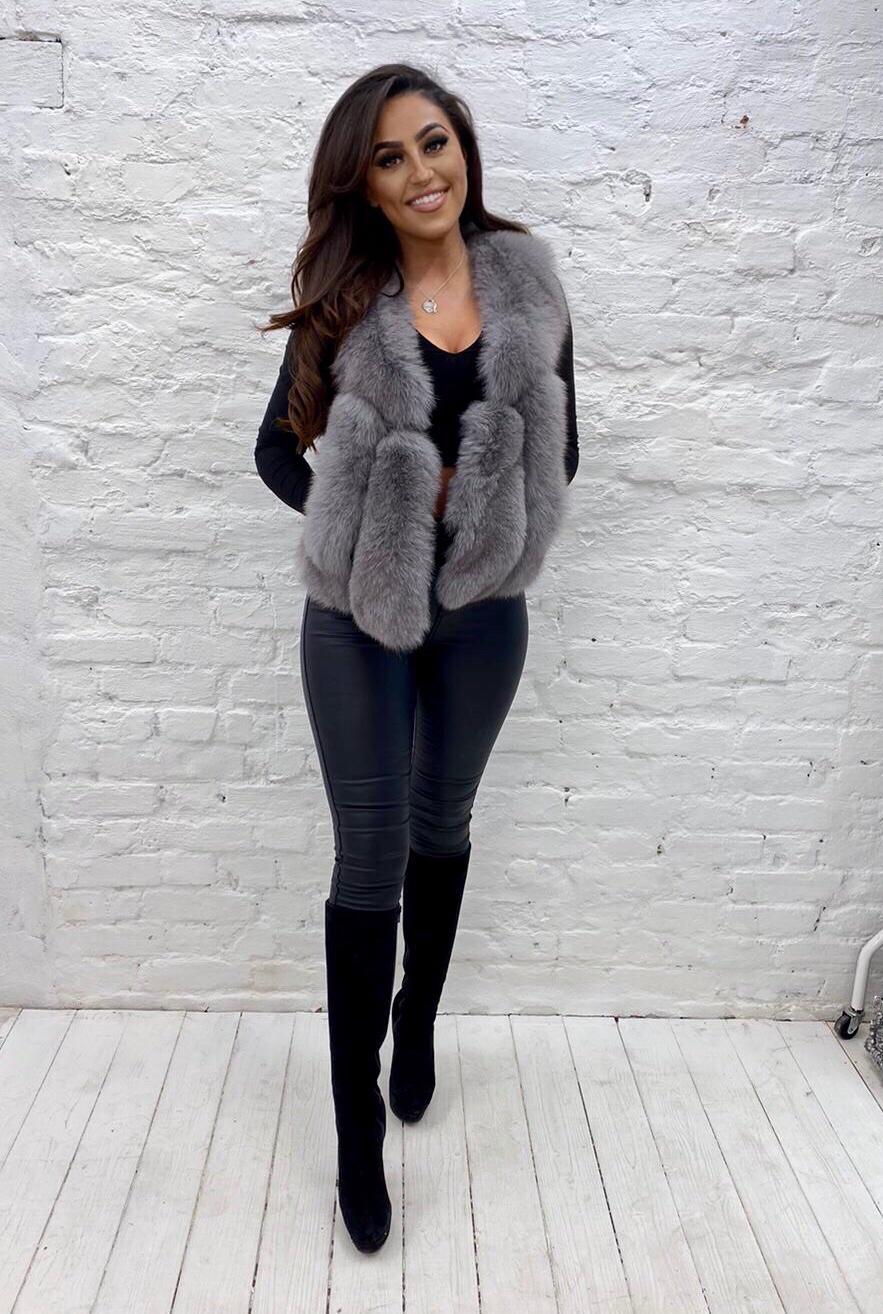 Laura Jane Paris 'Moscow' fox fur gillet in light grey