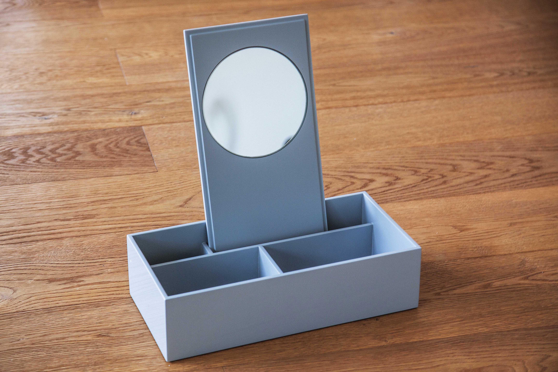 Lackboxen mit Spiegel