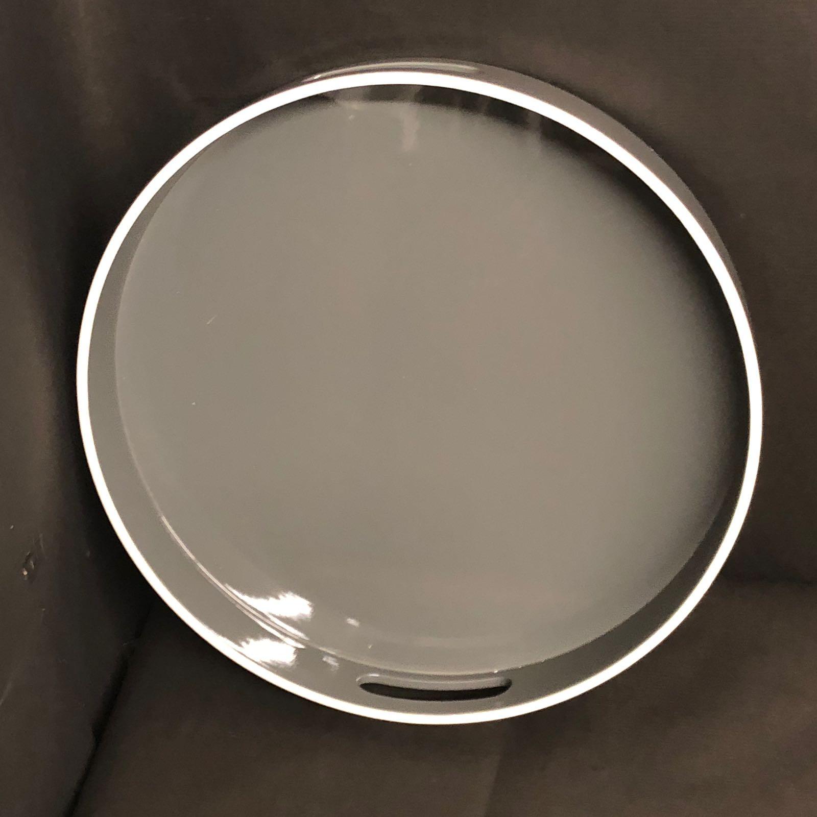 Runde Lacktabletts verschiedene Farben