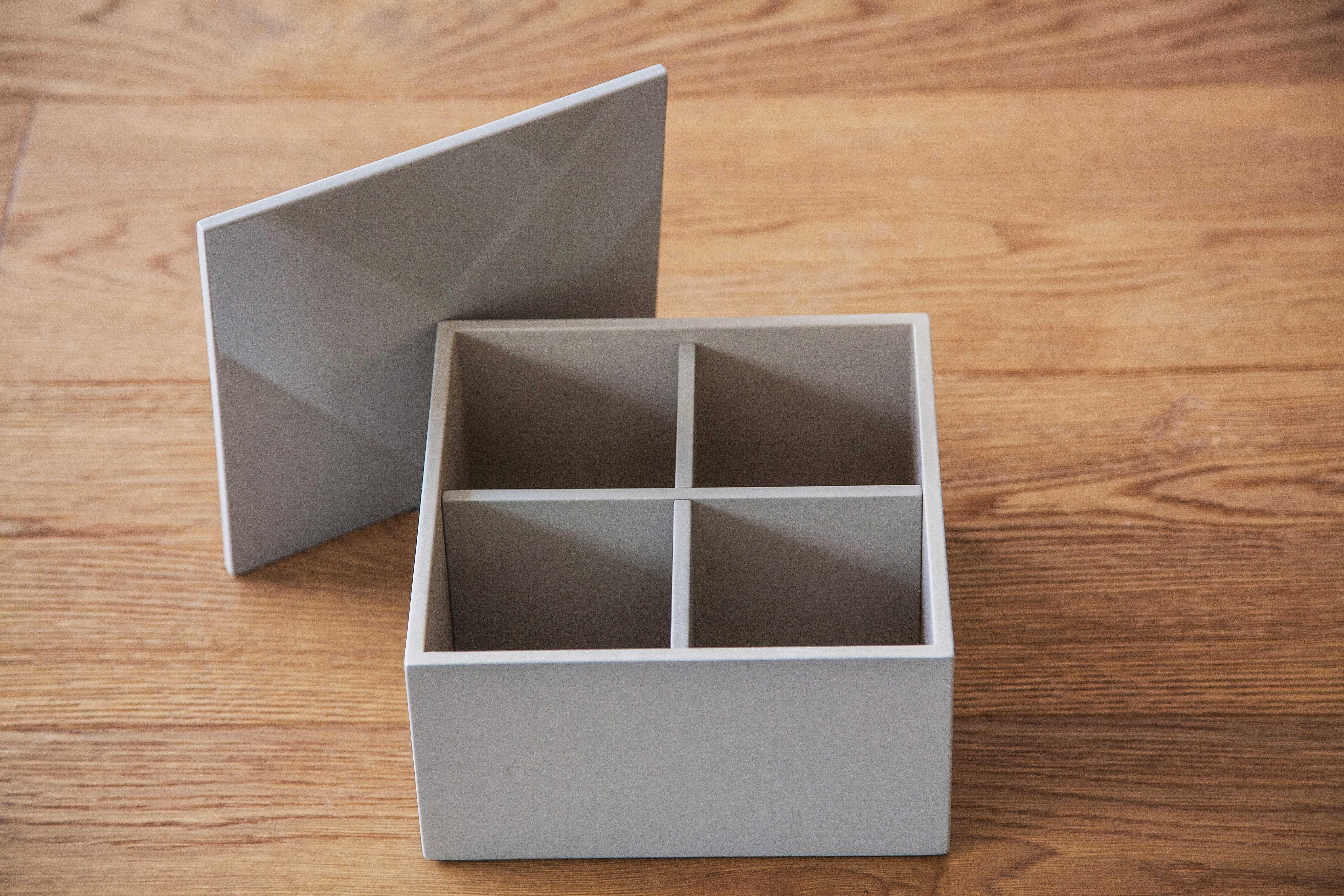 Lackbox mit Innenaufteiler