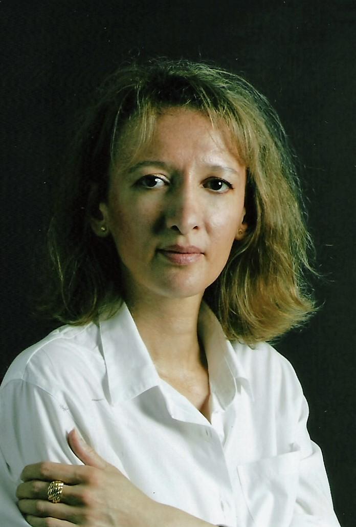 Nina BENHASSINE