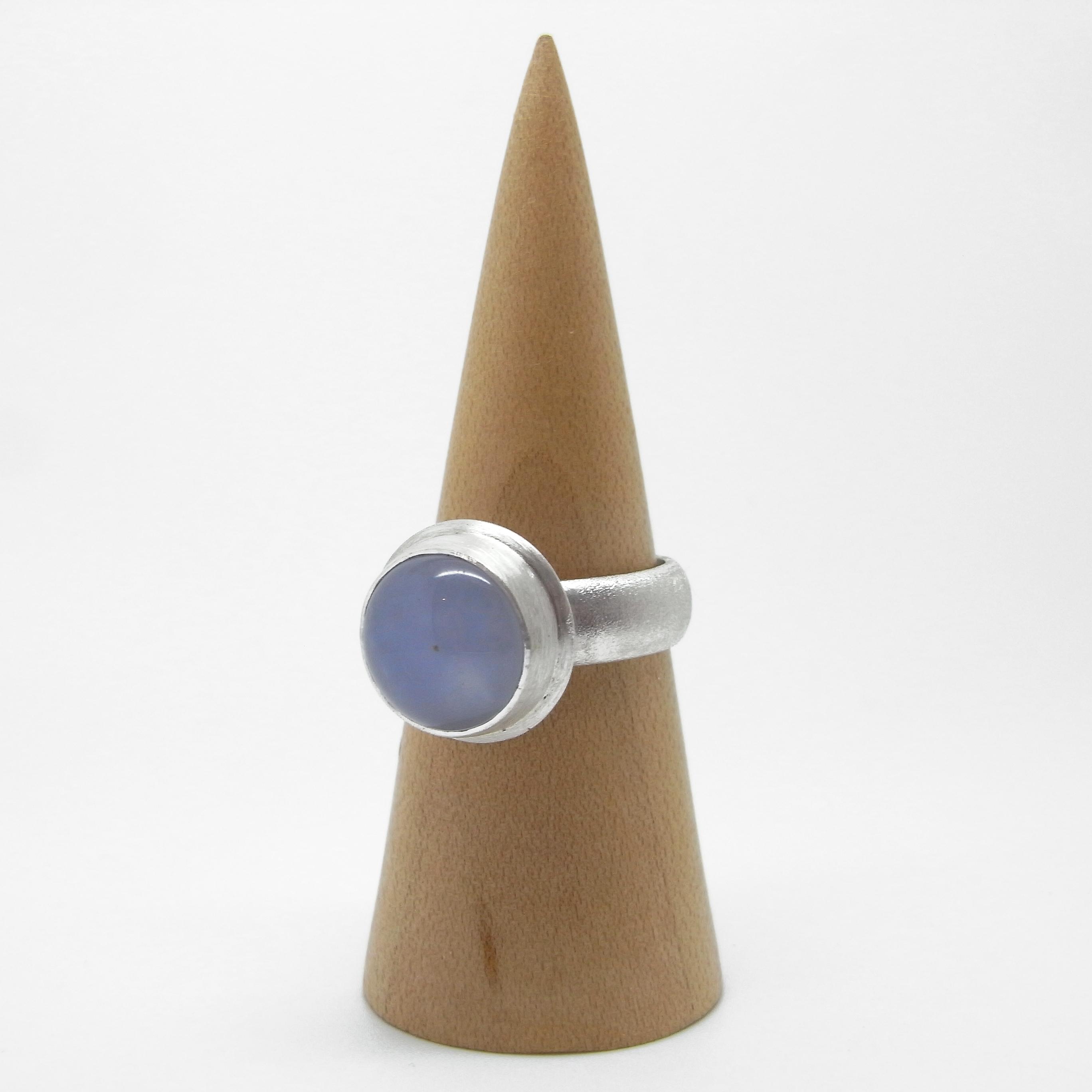 Lilac Chalcedony Ring (Q)
