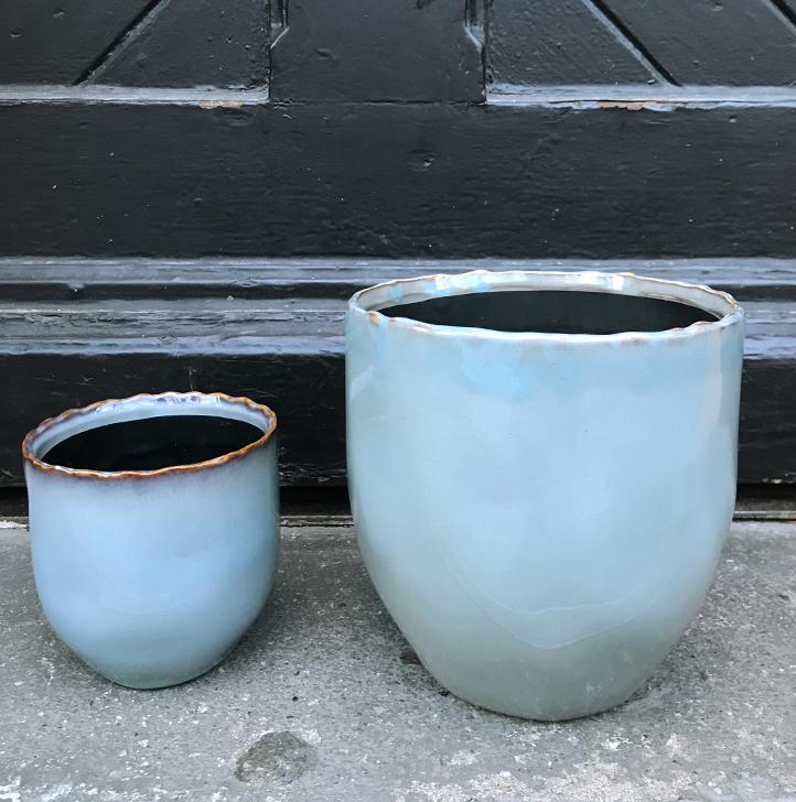 Pot grey blue