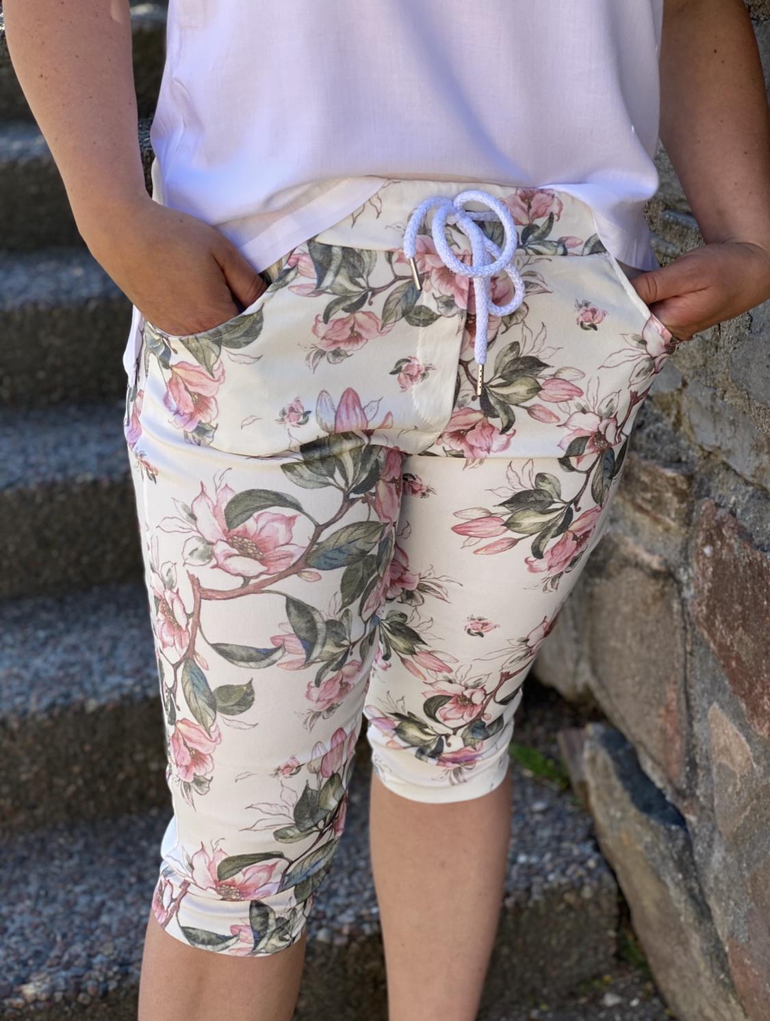 Shorts, vit pion
