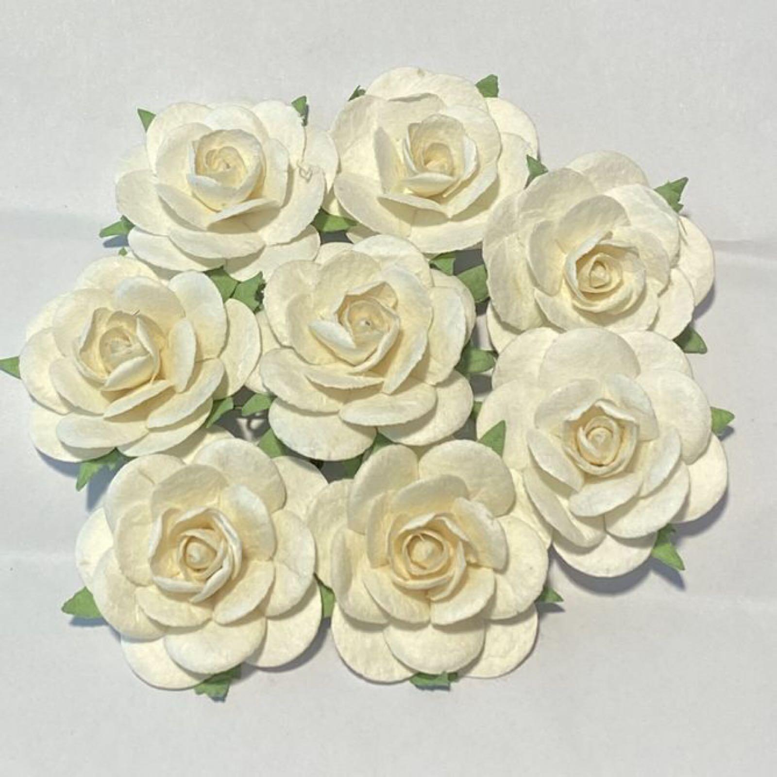 Papirdesign blomster, roser,  kremhvit/ hvit , 3,5c. 8 stk pr pk.
