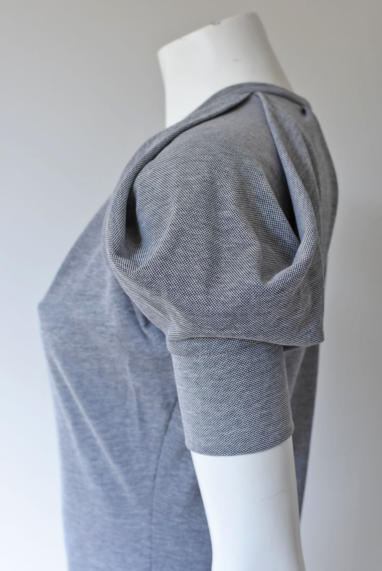 08 - MUSCLE-DRESS shortarm