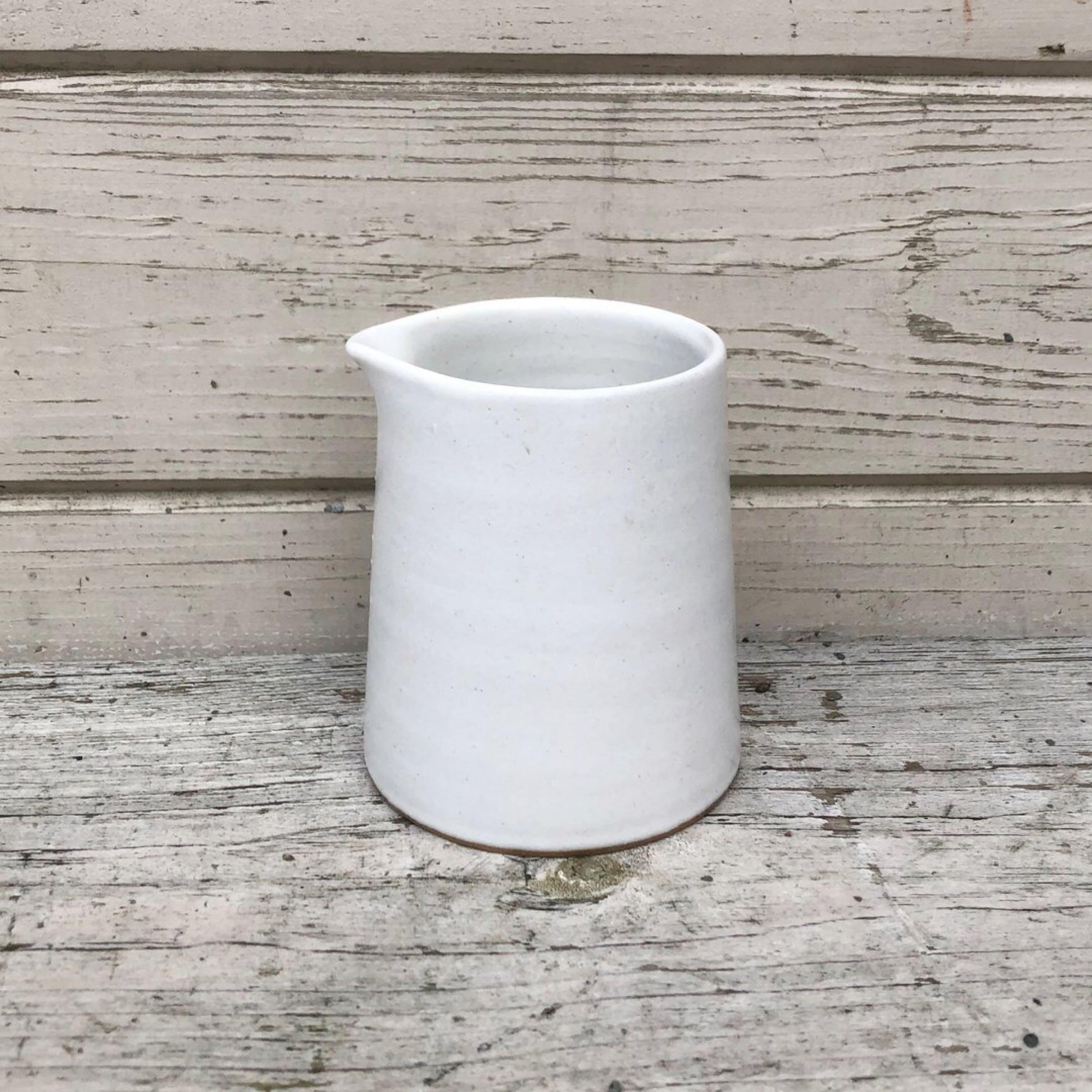 Stoneware Jug Chalk
