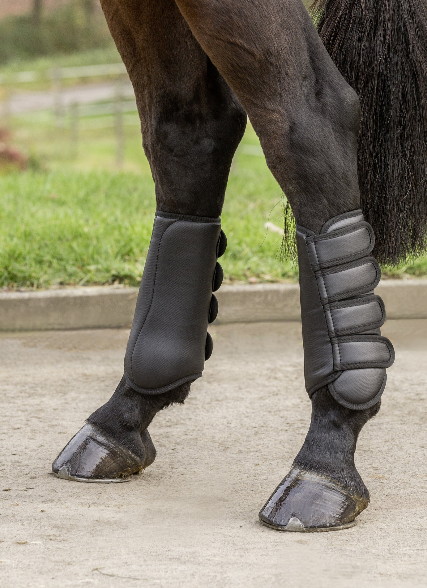 USG Tendon Protection Boots