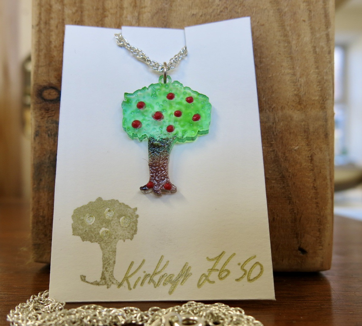 APPLE TREE NECKLACE