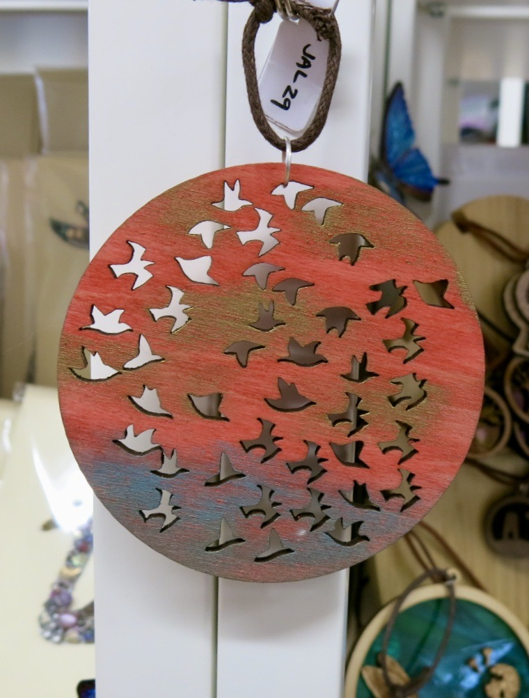 SUNSET BIRDS WOODEN HANGER