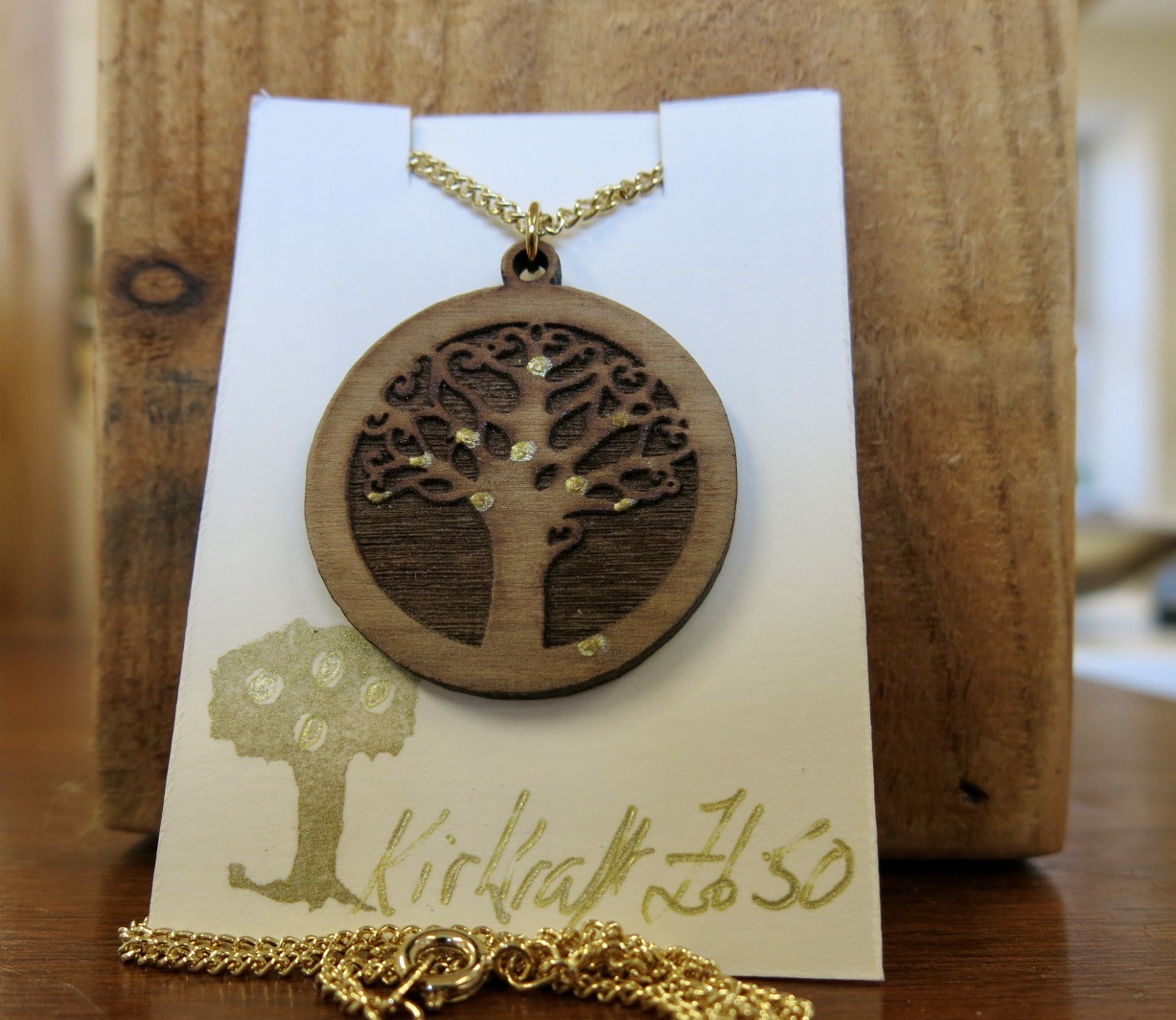 WOODEN APPLE CIDER TREE NECKLACE