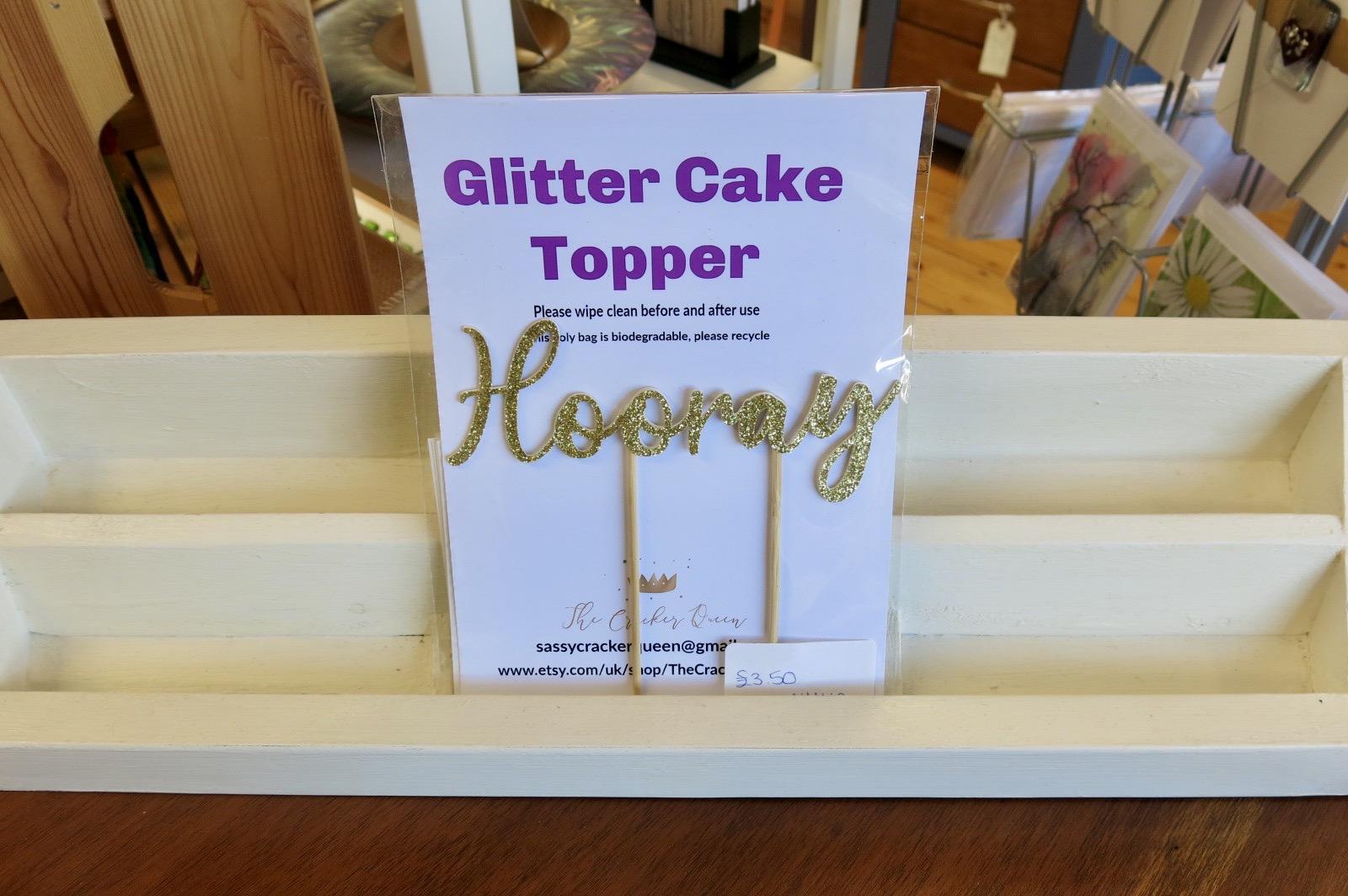 HOORAY GLITTER CAKE TOPPER