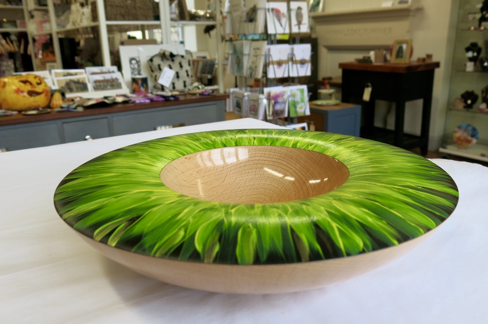 HANDMADE BEECH SUNFLOWER BOWL