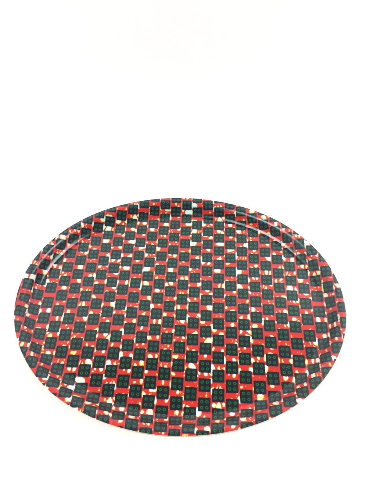 Bricka Oval, afrikanskt tyg