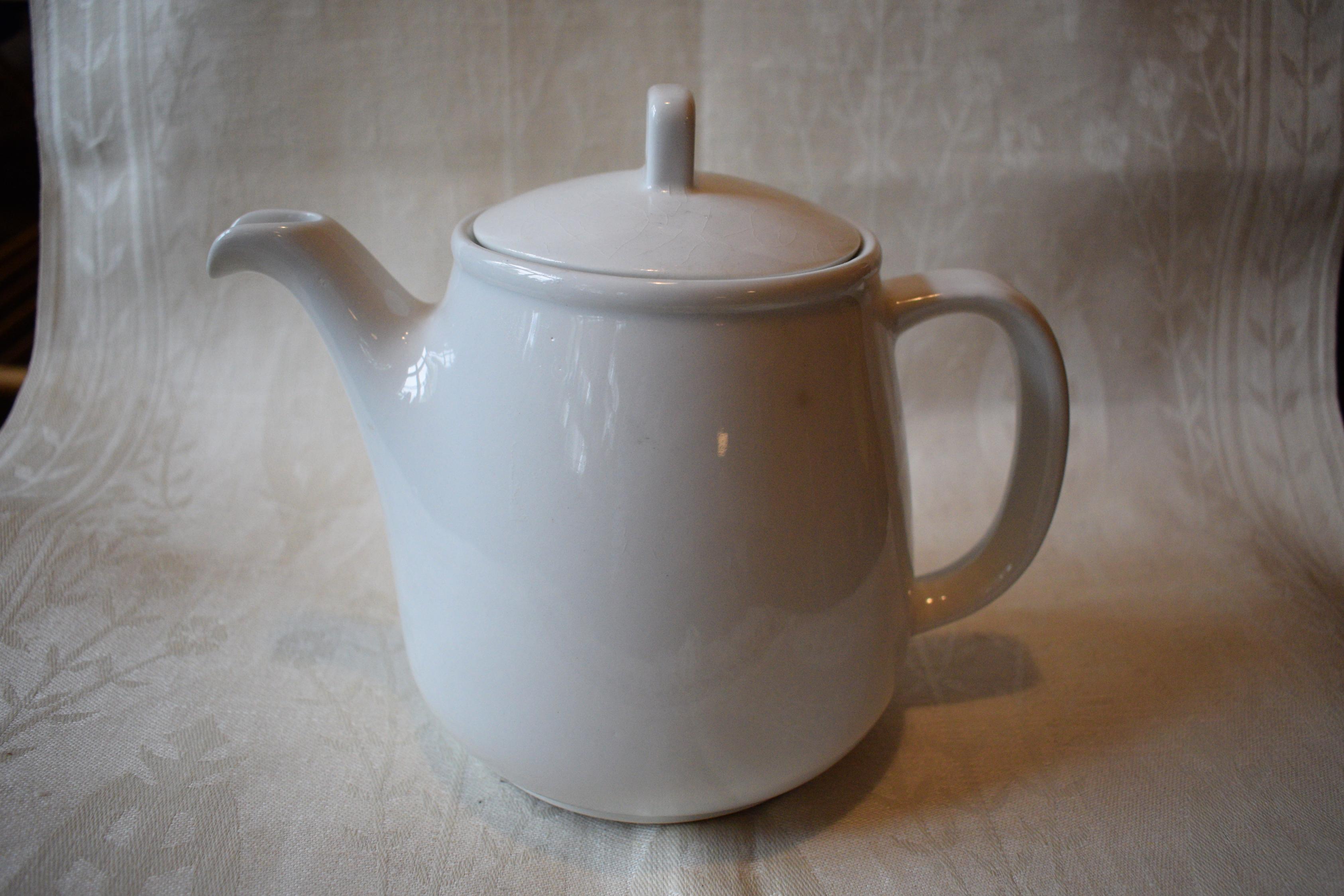 Arabia teekannu vanha krakeloitunut