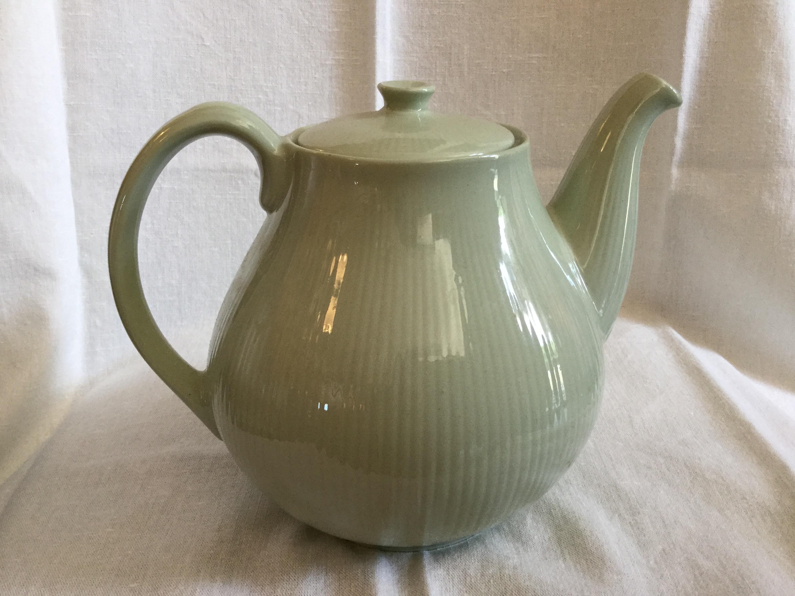 Arabia Sointu teekannu vihreä