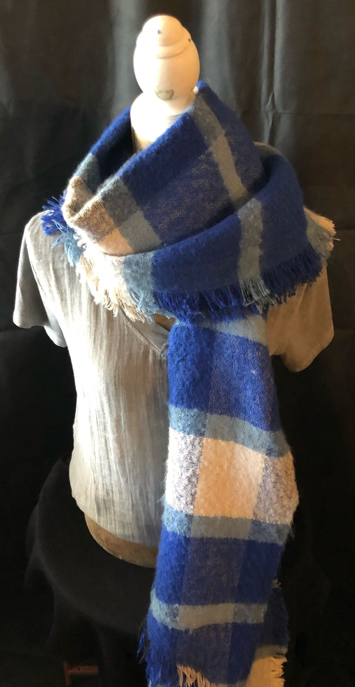 MSH blue check scarf