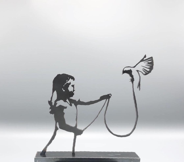 Skulptur - Flickan & Fågeln