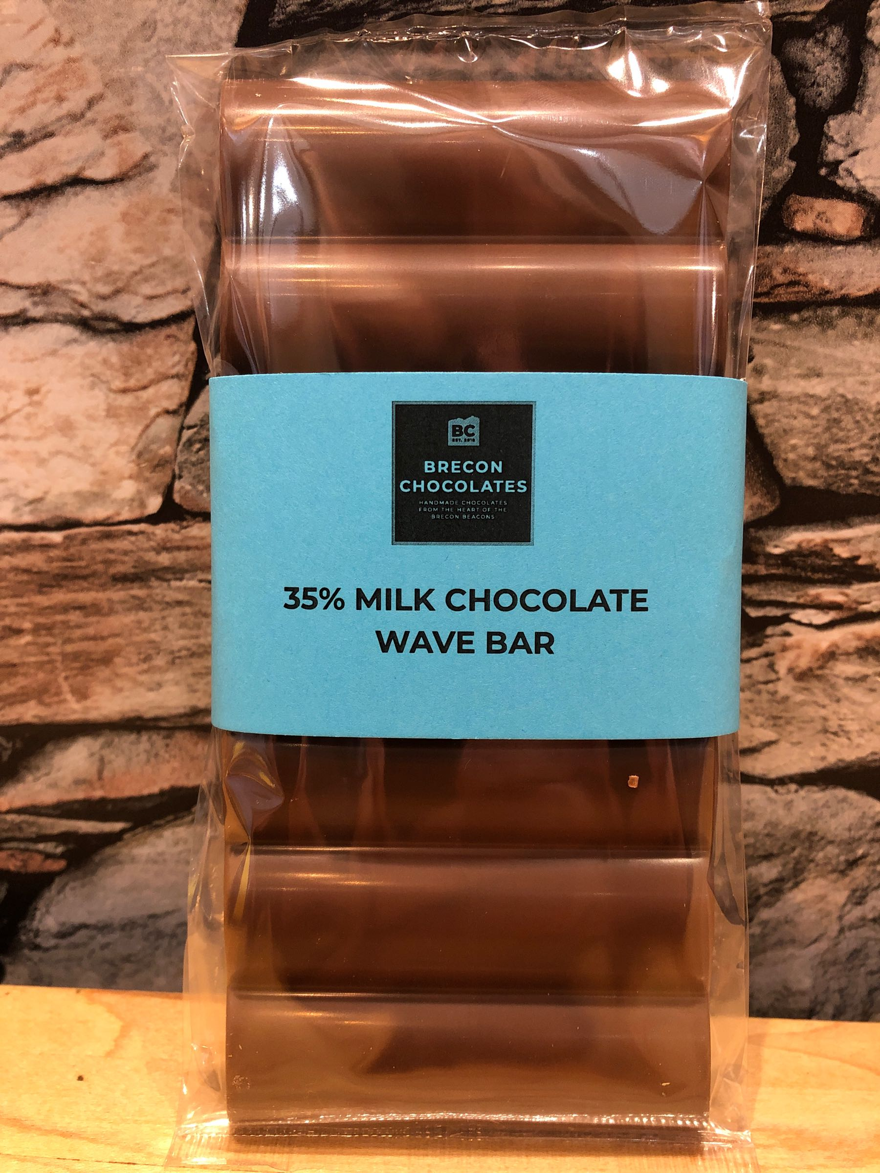 35% Milk Chocolate Wave Bar
