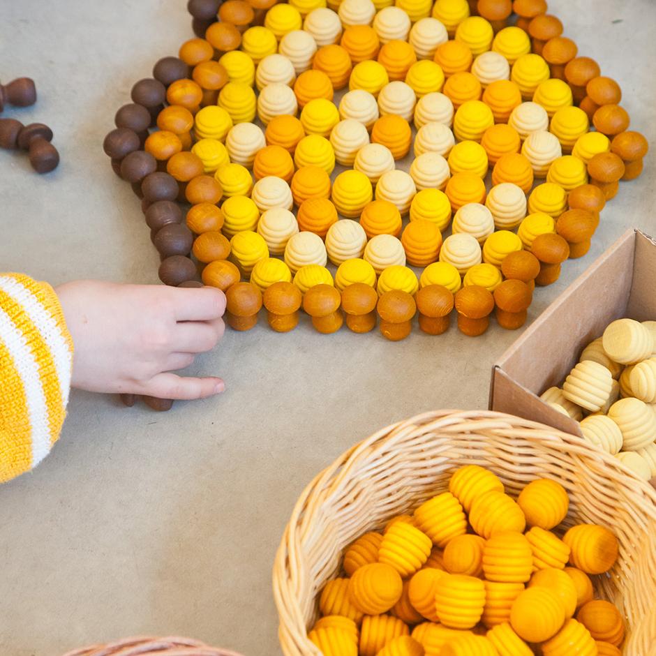 Grapat - Mandala Yellow Honeycombs
