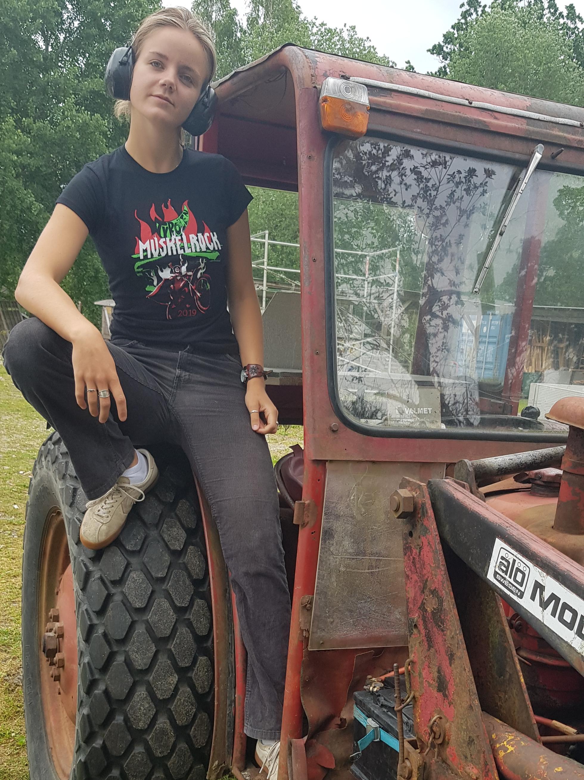 MR 2019 T-shirt (Women) - Burning Motorcycle