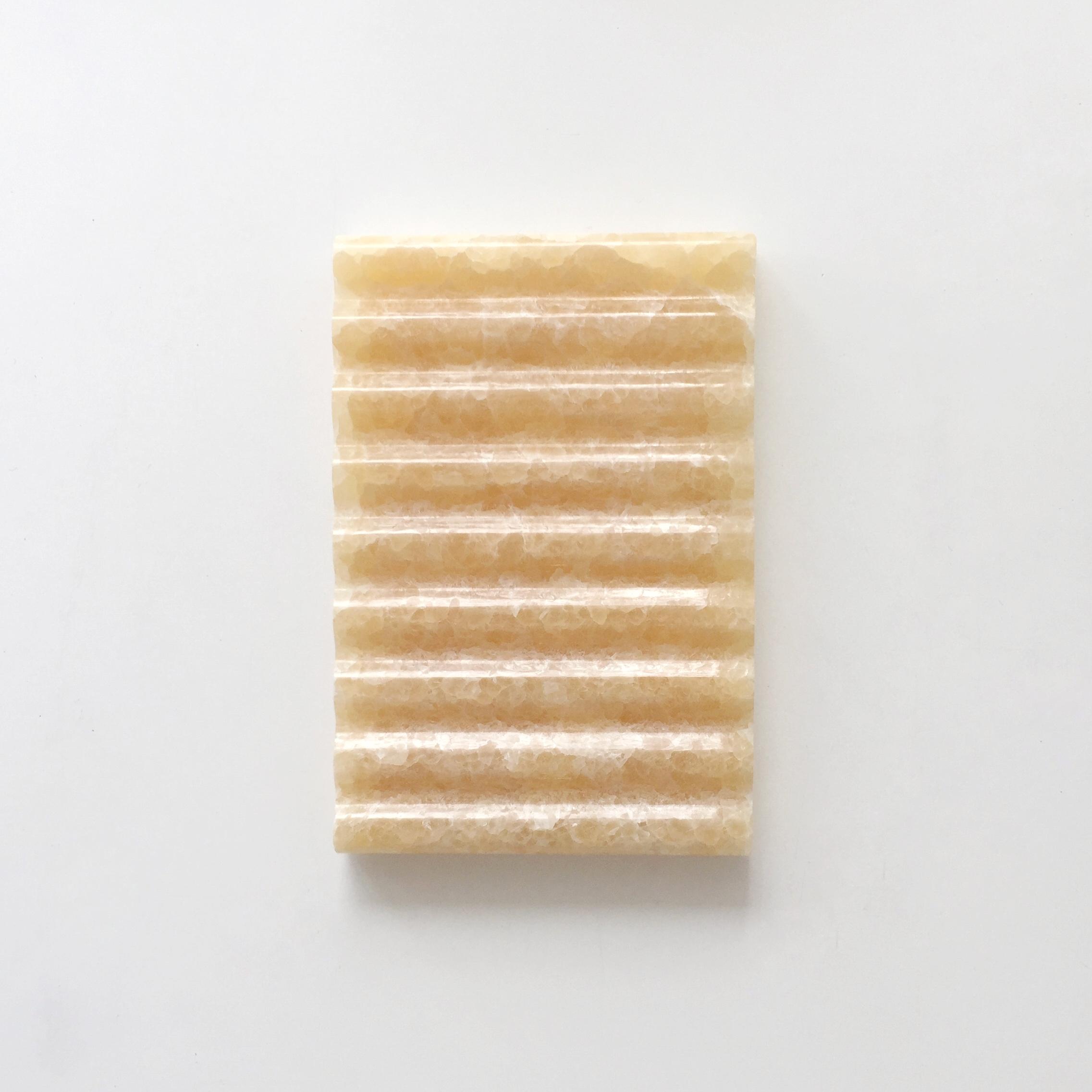 Binu Binu Soap Dish Honey Onyx