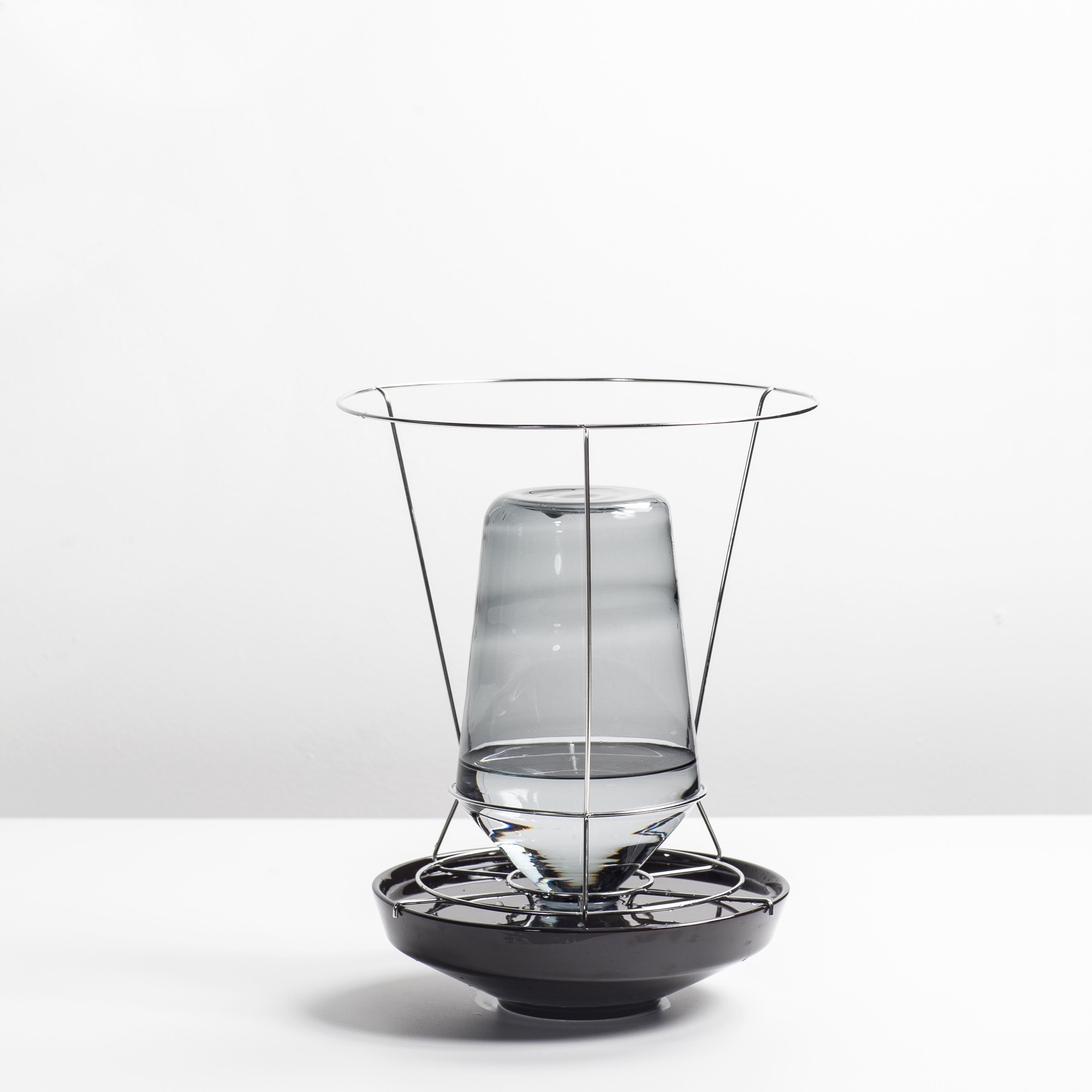 Vakerie Objects Hidden vases (Large) Black