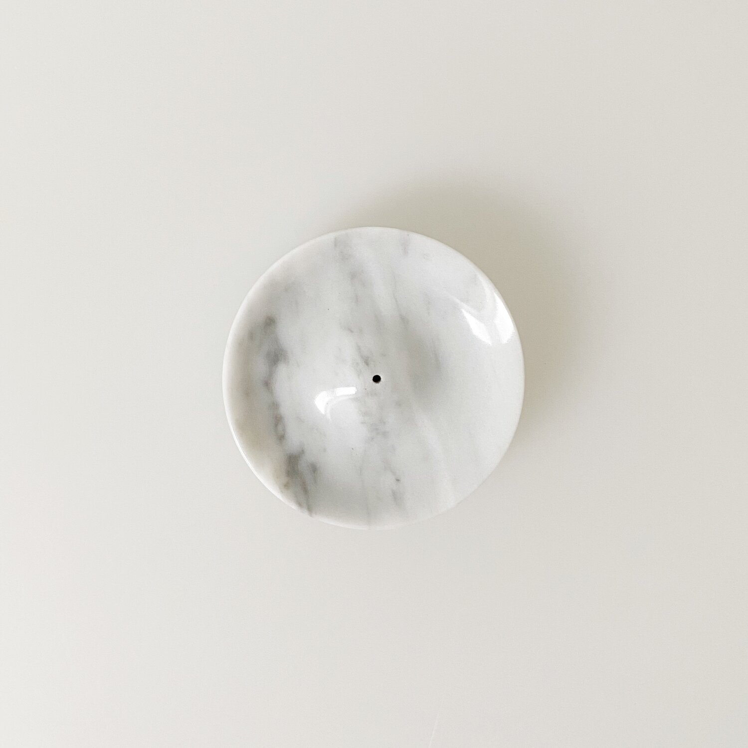 Binu Binu Carrara marble Incense holder