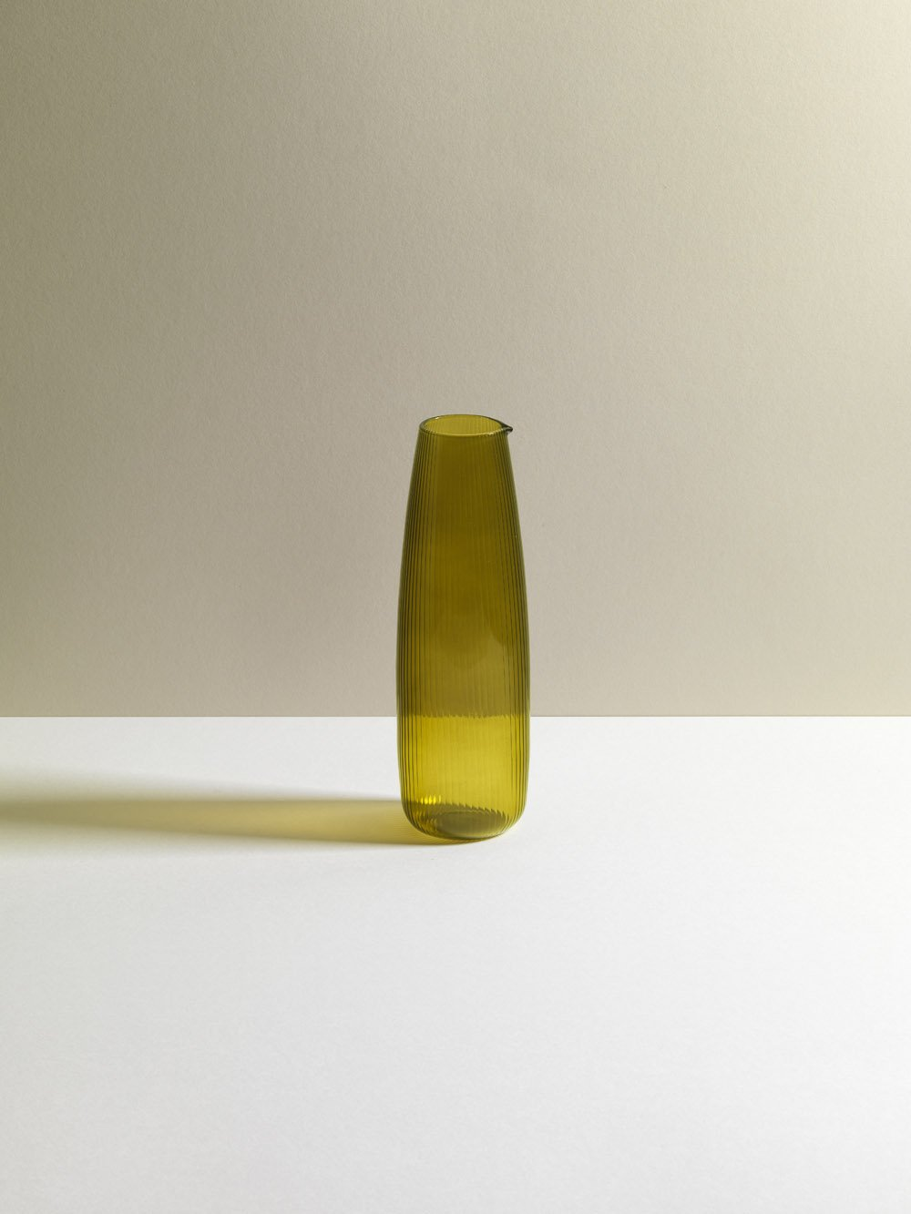 R+D Lab Luisa Tinto Carafe Citrine Green