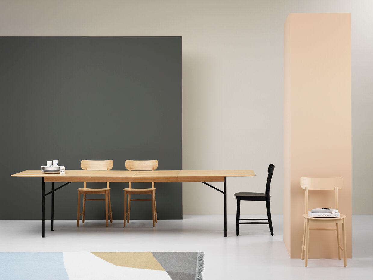 Fogia Supper Dining Table