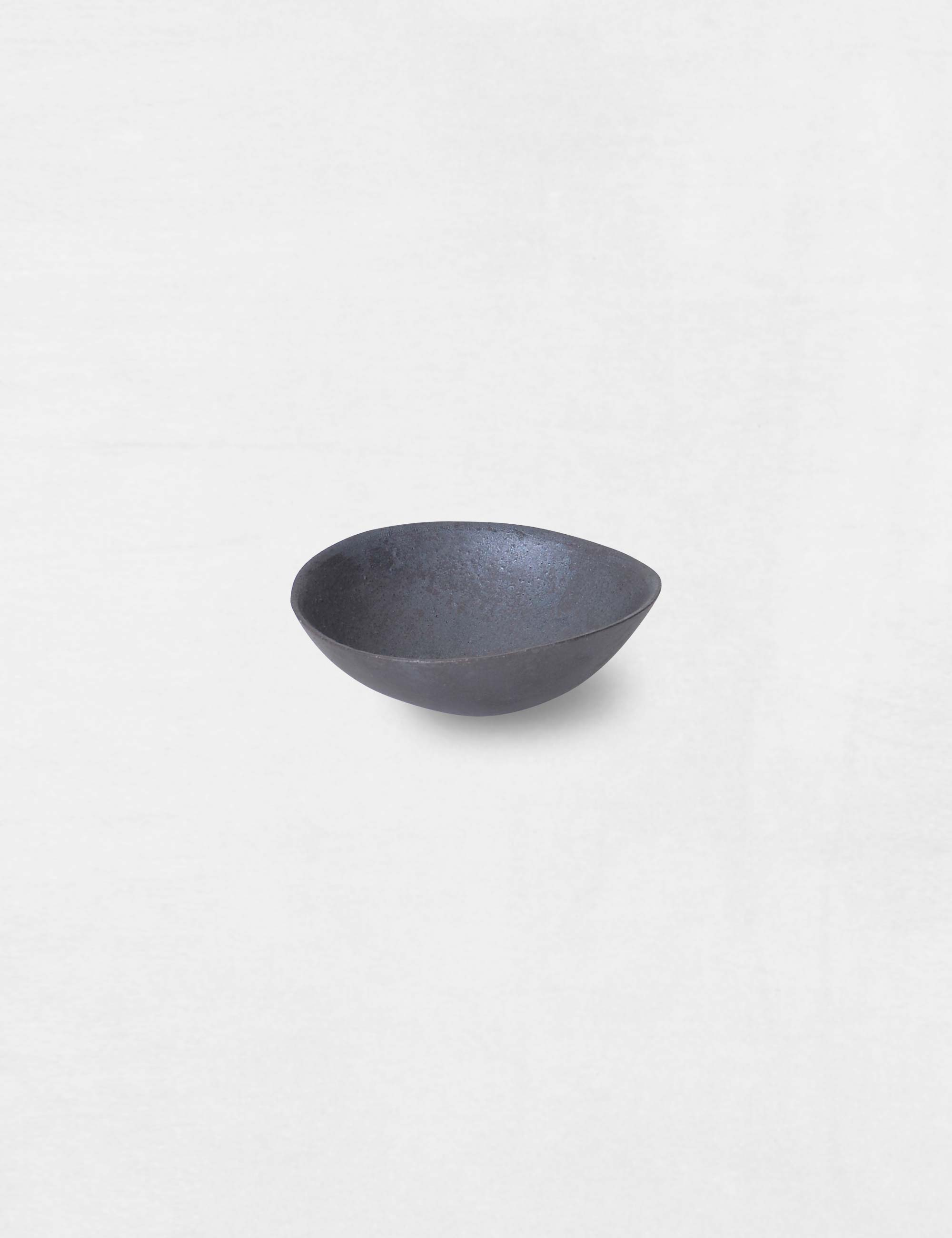 Jurgen Lehl Small Black Glaze Plate / Babaghuri