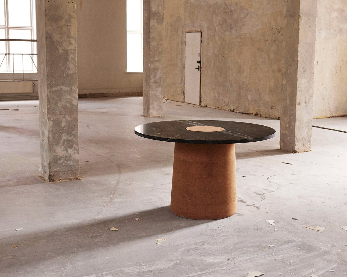 Frama Sintra Dining Table | Black marble