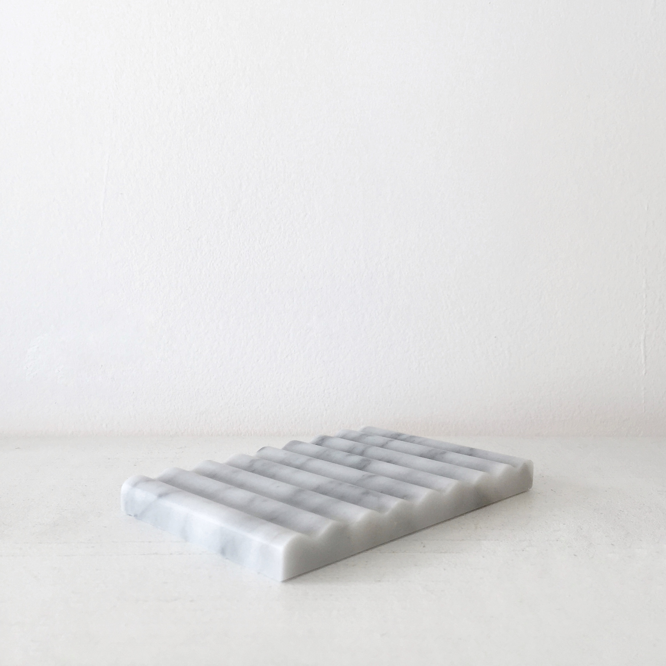 Binu Binu Soap Dish Carrara Marble