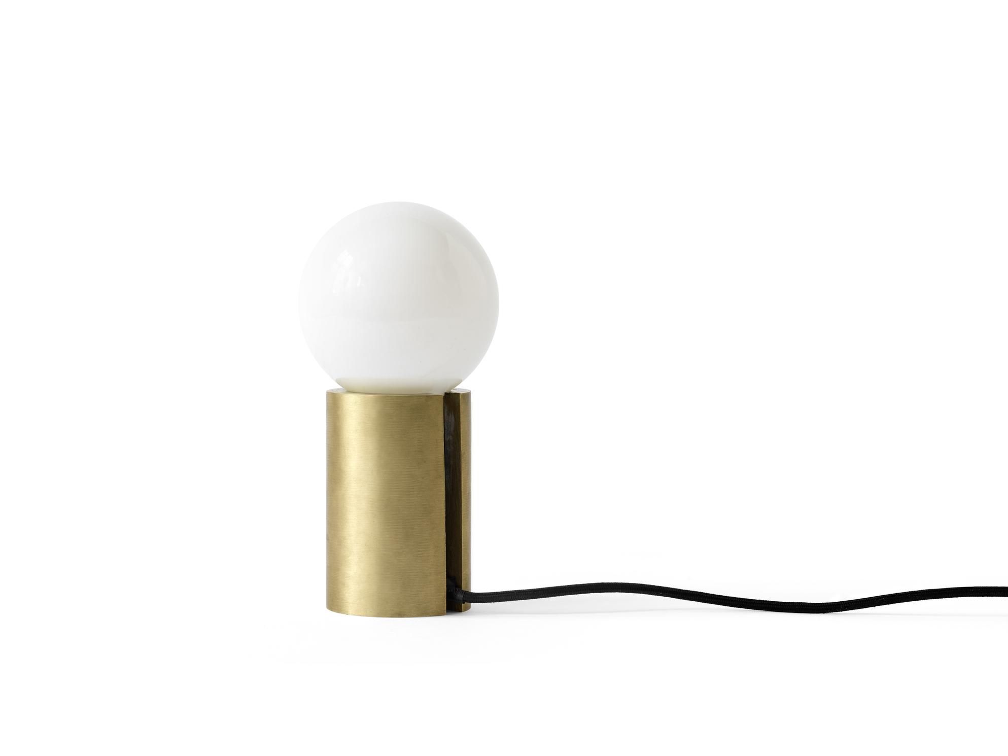 Menu Occasional Lamp brass