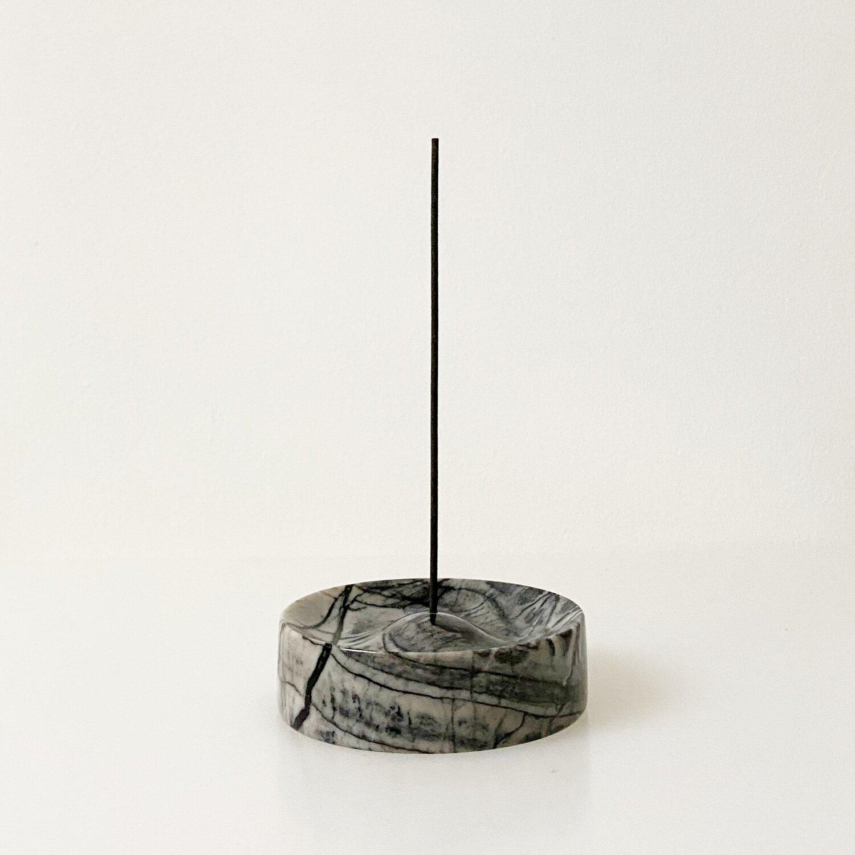 Binu Binu Lunar marble Incense holder