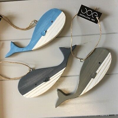 Whales, mixed hanging