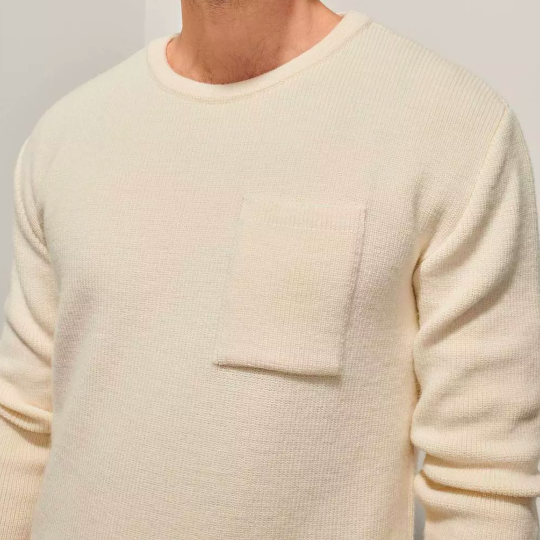 Stickad tröja med bröstficka