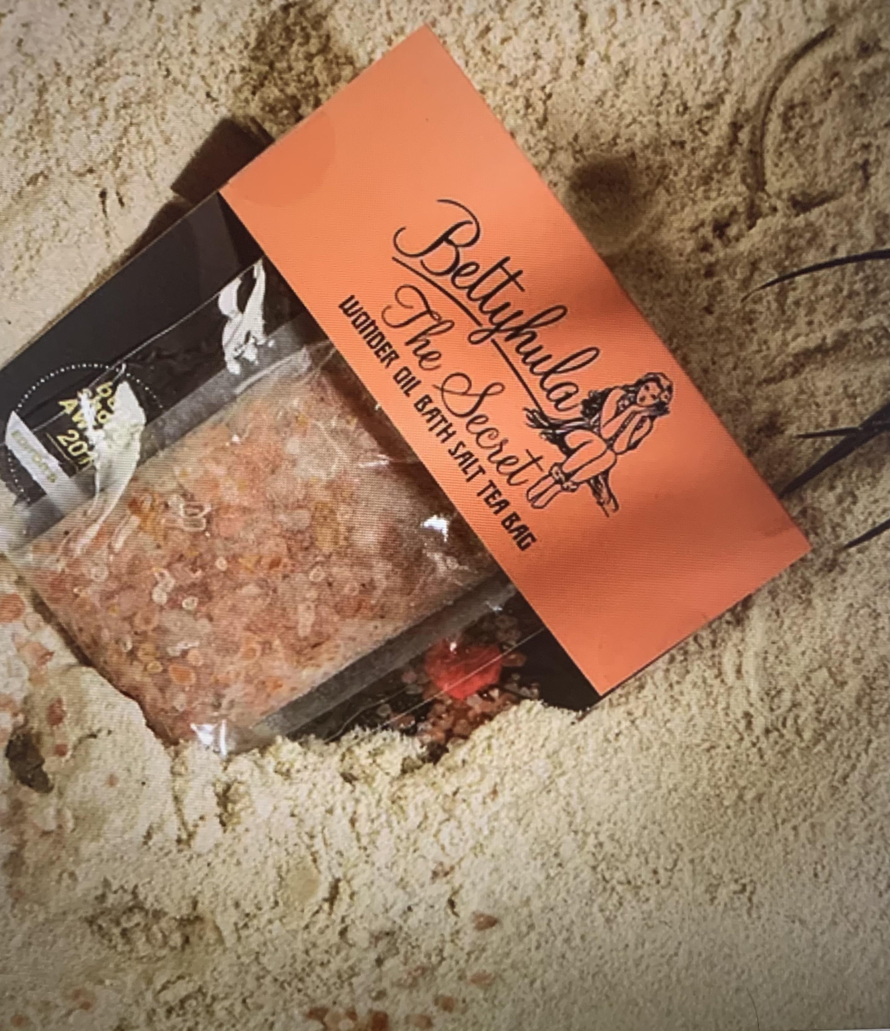 Betty Hula The Secret Wonder Bath Oil Tea Bag 40g