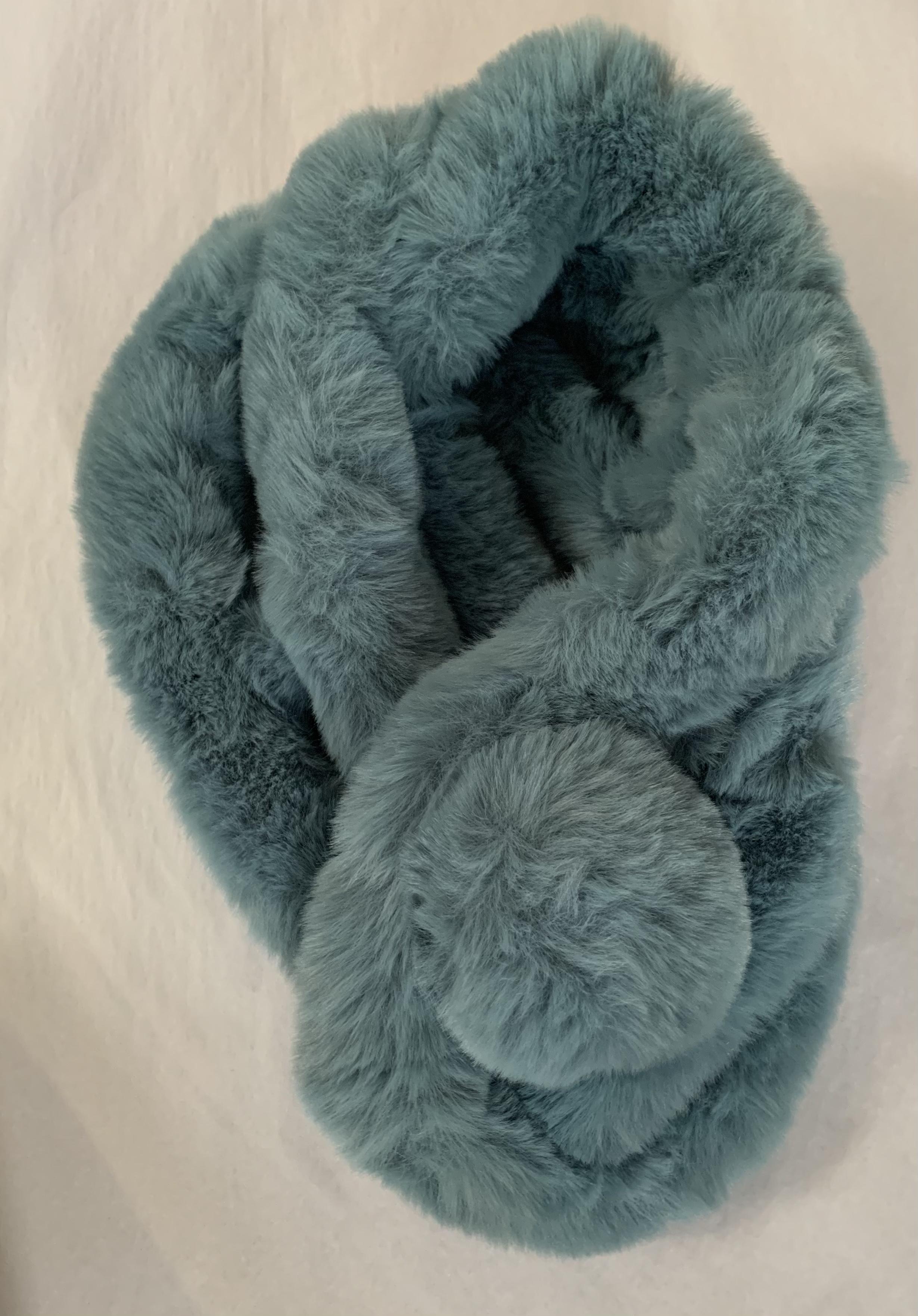 Faux Fur Collar - Aqua