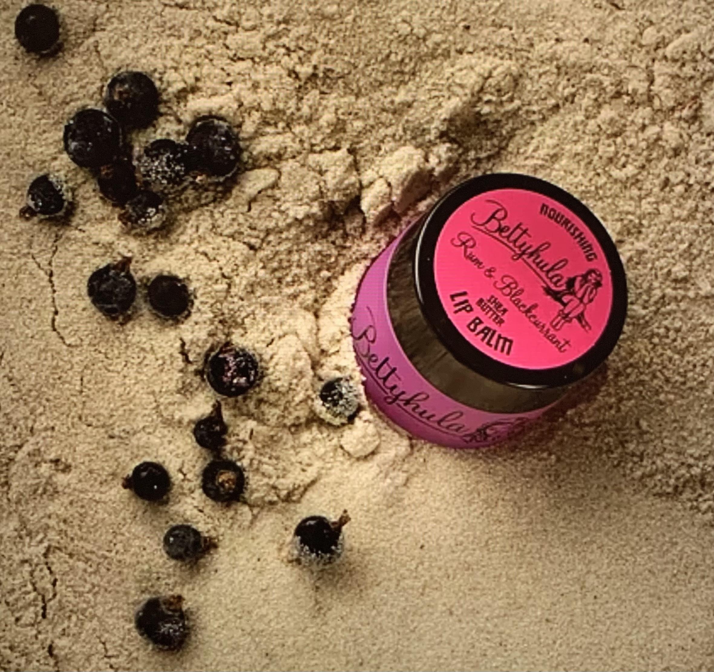Betty Hula Nourishing Lip Balm - Rum & Blackcurrant