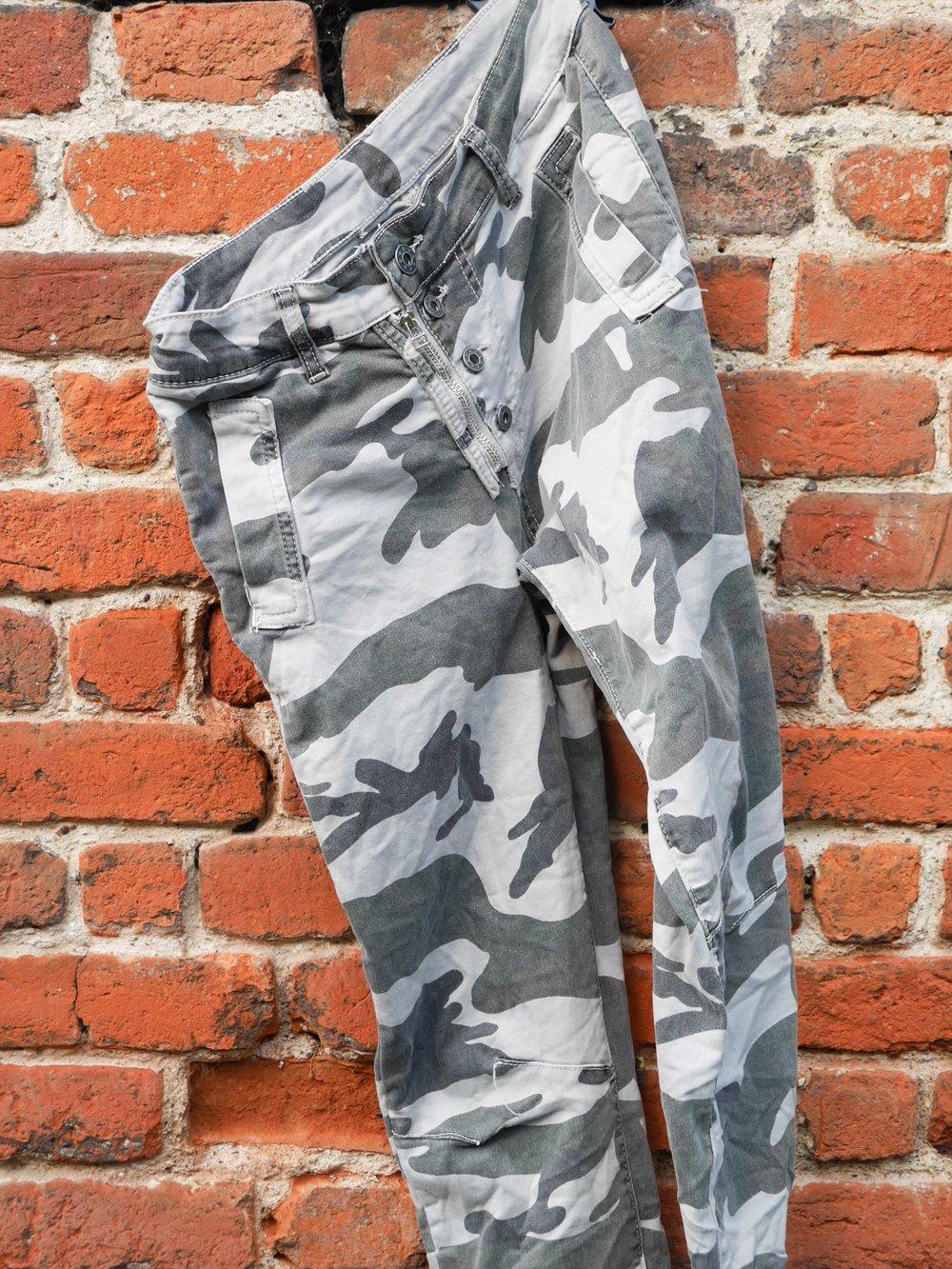 Melly & Co Jeans - Grey Camo
